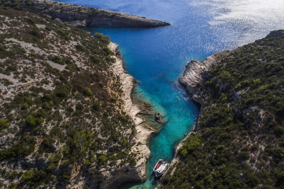 blue cave green cave islands five island tour daily tour boat tour book now online discount vis hvar komiza brac pakleni split discount