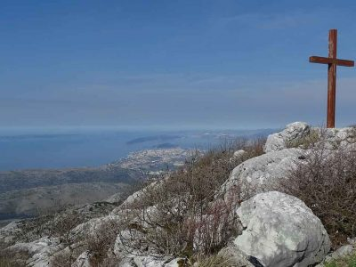 Adventure hiking tours in croatia