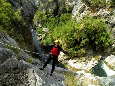 GoAdventure_Extreme_Canyoning@CetinaRiverCanyon_6